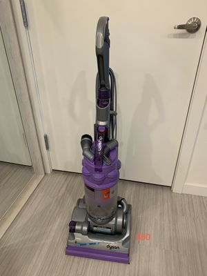 Dyson upright vacuum ball animal for Sale in Union City, CA