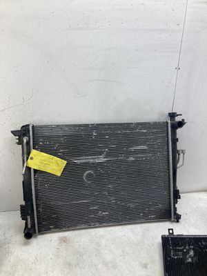 For 2010-2015 Hyundai Tucson radiator / ac a/c condenser for Sale in Pomona, CA