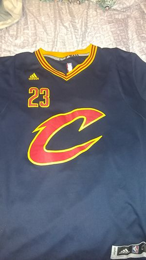 LeBron James navy blue Cavs jersey(adidas for Sale in Brandon, MS