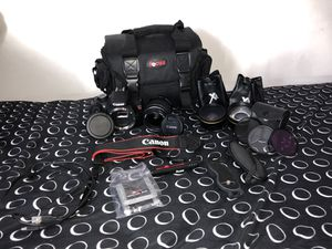 Canon Rebel T5 for Sale in Lowell, MA