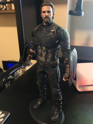 Hot Toys Captain America Infinity War (Regular) for Sale in Garden Grove, CA