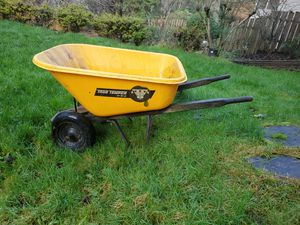 Sturdy 2-wheel Wheelbarrow for Sale in Tigard, OR