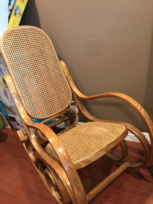 Antique Rocking Chair for Sale in Anaheim, CA