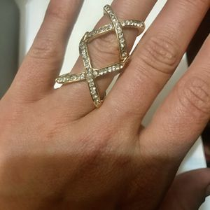 Gold knuckle ring for Sale in Ashland, OR