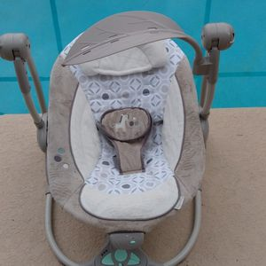 ingenuity swing zebra baby swing with all the bells and whistles!! for Sale in Fern Park, FL