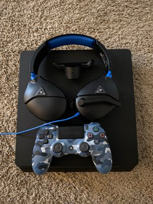 Ps4 slim for Sale in Swansea, IL