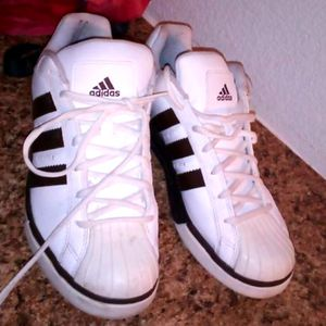 Adidas size 7 for Sale in Las Vegas, NV