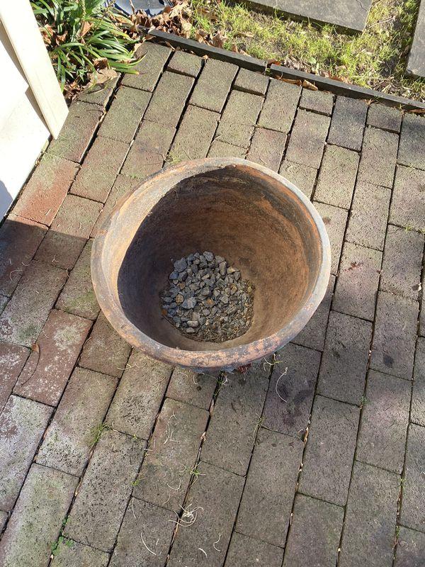 Flower Pot / Ceramic Planter