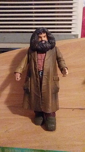 """HARRY POTTER RUBEUS HAGRID 9"""" ACTION FIGURE for Sale in Los Angeles, CA"""
