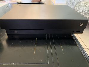 Xbox One Bundle! Used twice! Read description for Sale in Miami, FL