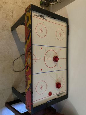 Air hockey table for Sale in La Plata, MD