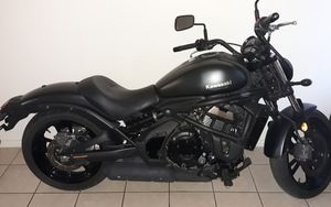 SELL KAWASAKI VULCAN EN 650 2017 CLEAN TITLE, VERY LOW MILES 1700. for Sale in Paradise, NV