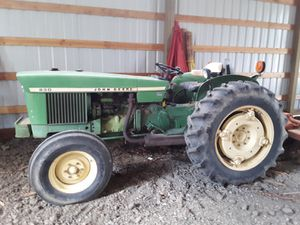John Deere 830 tractor for Sale in Dundee, OR