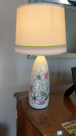 Beautiful white ceramic lamp with flower design for Sale in Revere, MA