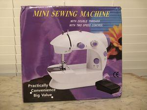 Mini sewing machine for Sale in Prairieville, LA