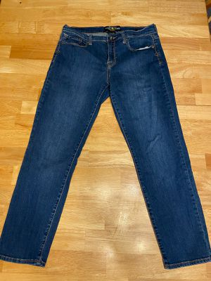 Womans lucky brand Jean's size 12/31 for Sale in Midland, MI