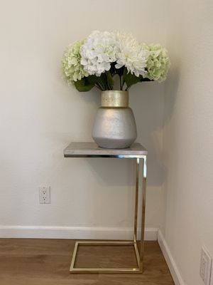 Gold Accent Table - Side Table for Sale in San Jose, CA