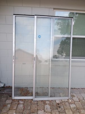 Sliding door and 2ceiling fan. FREE for Sale in St. Cloud, FL