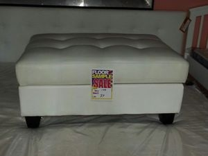 White leather ottoman for Sale in Dearborn, MI