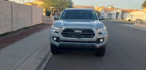 2019 toyota tacoma 880 k miles for Sale in Phoenix, AZ
