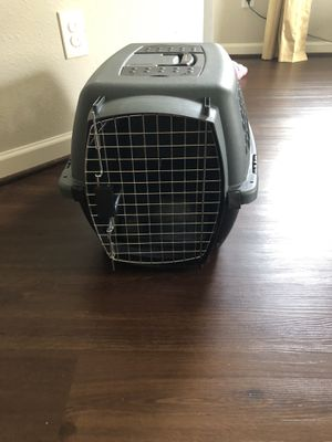 Small breed dog crate for Sale in Houston, TX
