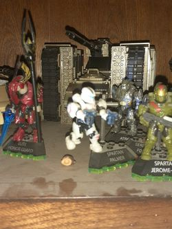 Halo Figures Sold Separately Or In A Pack for Sale in Fontana,  CA