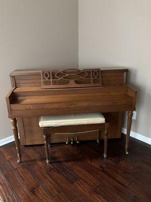 FREE. FREE. FREE upright Winter Piano!!!!! for Sale in Ellenwood, GA