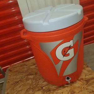 Gatorade Cooler 10gal for Sale in Glen Burnie, MD