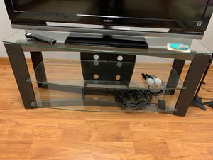 3 tier glass tv stand for Sale in Lisle, IL