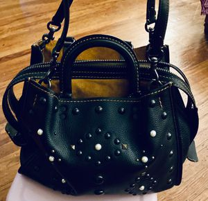 Like New (used once) Women's Coach Bag for Sale in Philadelphia, PA