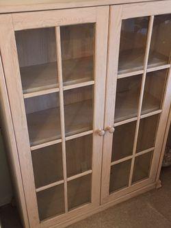 Very Nice Display Cabinet for Sale in Alexandria,  VA