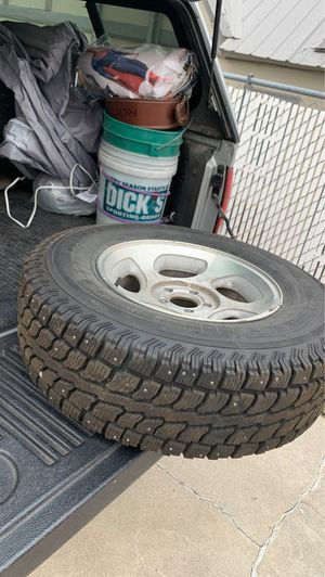 Studded snow tires for Sale in Wenatchee, WA