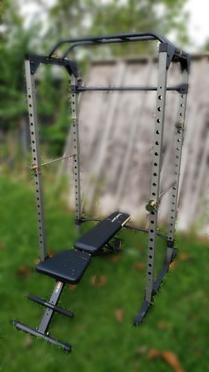 Power Rack | 800 Pound Capacity | Adjustable Bench for Sale in Miami, FL