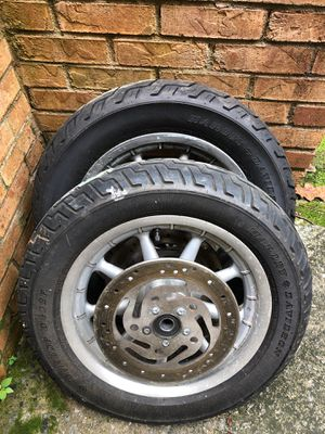 Harley Davidson 2004 motorcycle tires and rims for Sale in Atlanta, GA