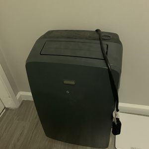 LG Portable Airconditioner for Sale in Spring Valley, CA