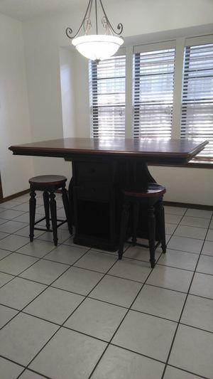 Island table for Sale in Arlington, TX