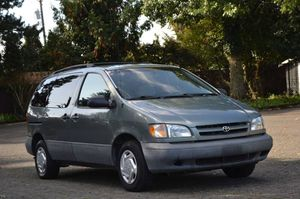 1998 Toyota Sienna for Sale in Tacoma, WA