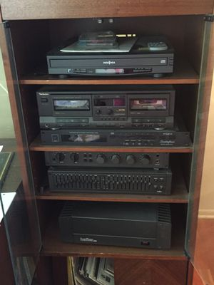 Vintage mid century modern stereo system for Sale in Tinton Falls, NJ