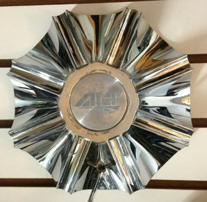 "ALT Chrome Center Cap 8 Spoke Rim Hubcap Aftermarket Cover 8 3/8"" Wide Used ONE for Sale in Phoenix, AZ"