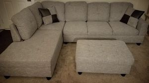 New gray linen fabric sectional couch with storage ottoman for Sale in Renton, WA