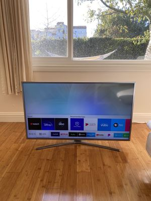 SAMSUNG SMART TV - 40 inches for Sale in Los Angeles, CA