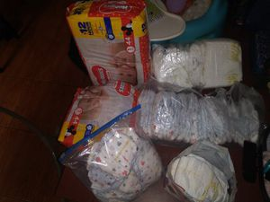 Huggies & pampers diapers for Sale in Saint Petersburg, FL