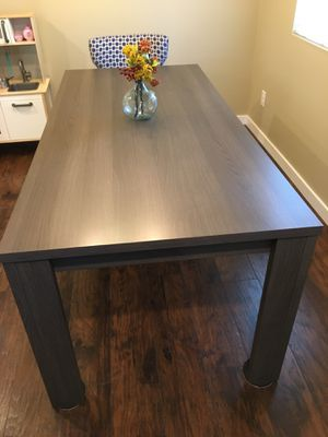 Dania modern Dinning room table for Sale in Bremerton, WA