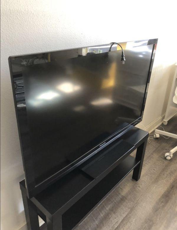 42in 1080p smart TV Panasonic viera