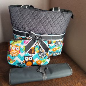 Owl diaper bag with size 2 diapers for Sale in Clermont, FL