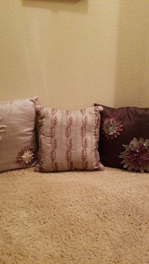 Decorative pillows for Sale in Austin, TX