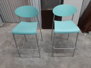Bar/ Counter Stool almost new for Sale in Miami Gardens, FL