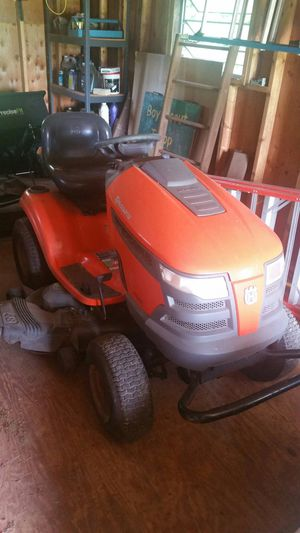 Husqvarna Lawn Tractor for Sale in Martinsburg, WV