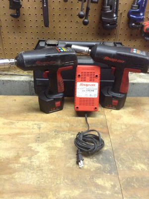Two snap on 12 V impact wrench kit 1/2 & 3/8 for Sale in Obetz, OH