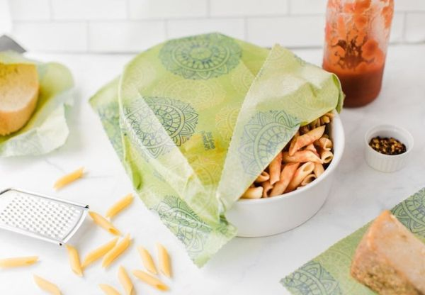 Beeswax reusable bags and food wraps